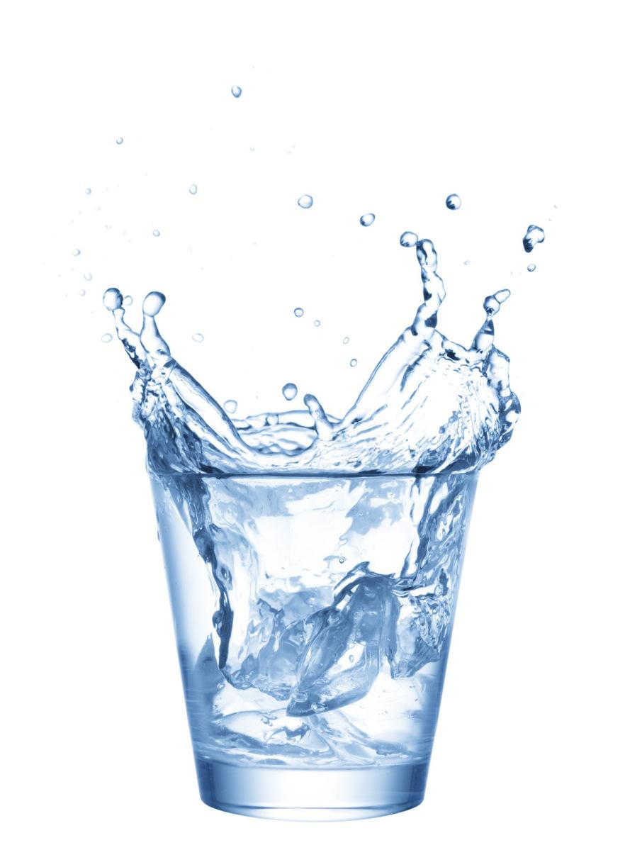 hoeveel water drinken per dag om af te vallen